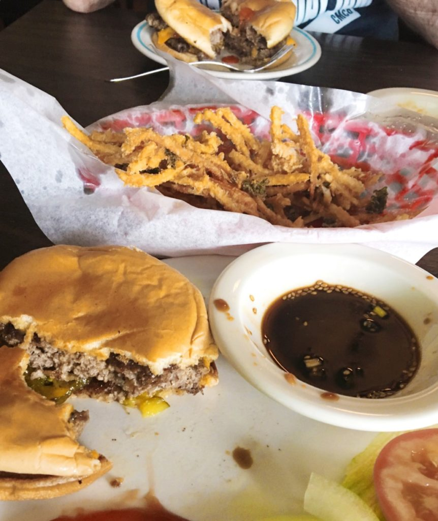 Serving up Waco's burgers-Where To Find Four of Waco's Best Burgers