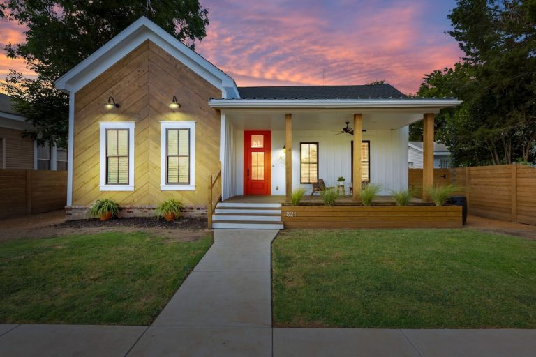 8 of the best Airbnb's in Waco, TX