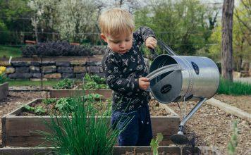 gardening-kids